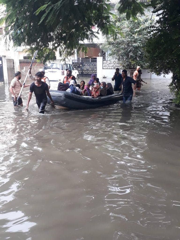 Rescue work in Tolichowki